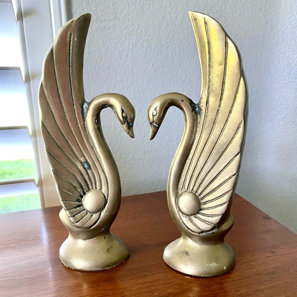 ❌SOLD on Etsy❌Vintage Brass Art Deco Swans Hollywo